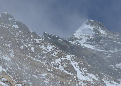 44_Rueckblick_auf_Gipfelflanke_und_2nd_Step